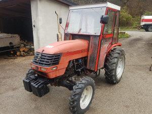 Traktor dong feng 304 duplak
