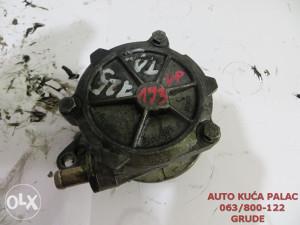 Vakum pumpa BMW E38 7 2246126 VP193
