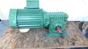 elektro motor reduktor 1.1 kw 217 obrtaja
