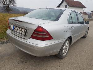 Mercedes C klasa 2003.g
