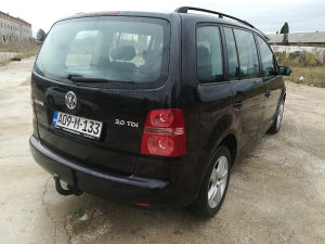 VW Touran 2.0TDi reg do 16.10.2019 god.