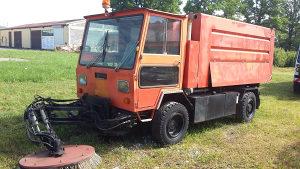 Komunalni Kamion