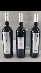 Prodajem italijansko crno vino, na stanju 11000 flasa,