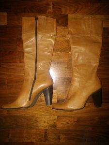 Zenske kvalitetne kozne duboke cizme br 38