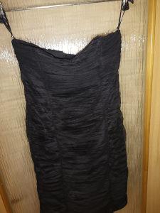 Prodajem   crne  svecane haljine