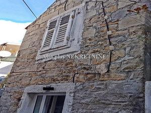 Makarska kuća - kamena kuća u centru grada
