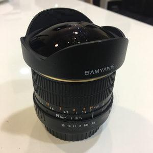 Samyang 8mm fisheye Canon