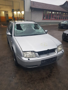 VW BORA KARAVAN '02- DIJELOVI
