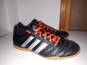 Adidas kožne patike za fudbal,broj 42.