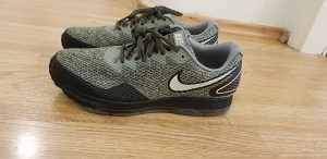 Nike zoom all out  42.5 br