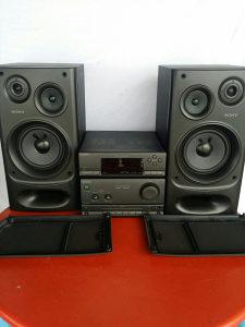 Sony linija sa pojacalom i zvucnicima