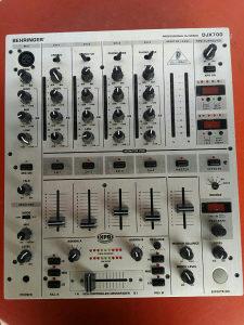 Behringer PRO DJ MIXER DJX700
