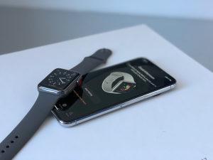 iPhone X + Apple Watch