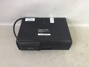 RADIO DIJELOVI VW TOUAREG > 02-06 1J6035111